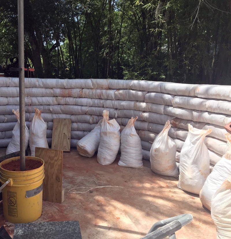Casas De Sacos De Tierra Para Almacenar Semillas Echocommunity Org