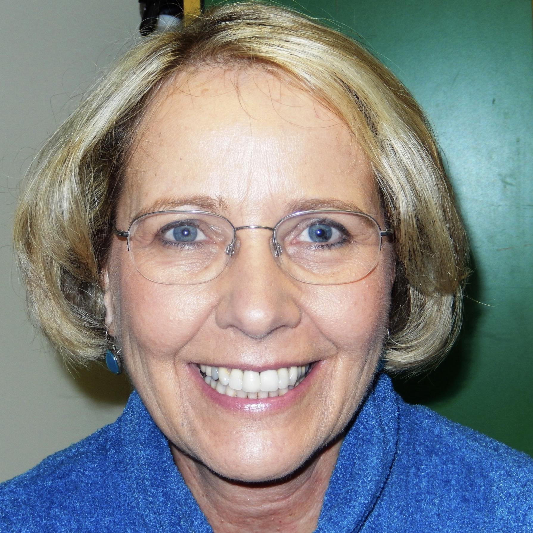 Picture of Karen L. Stoufer, DVM